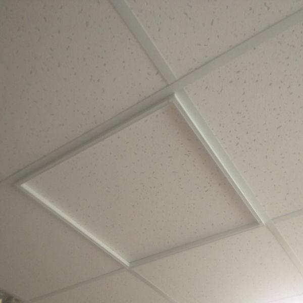 Ультратонкая светодиодная панель-рамка 40W 595х595х8 мм